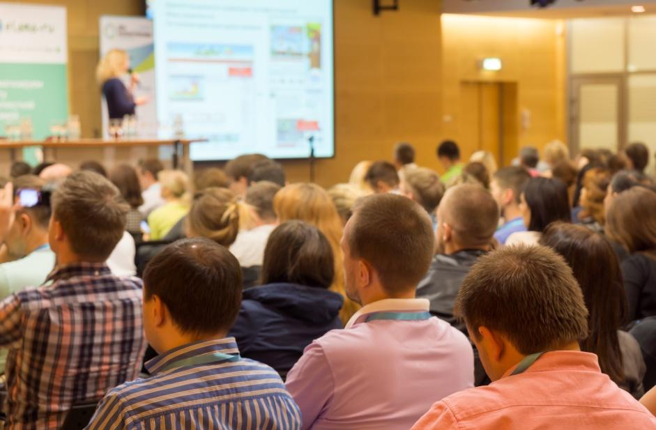 Konferenz mit Speaker